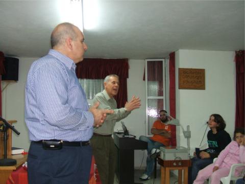 زيارة القس الدكتور جو جرانا الكنيسة المعمدانية في عيلبون